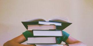 Szukasz książek dla młodzieży? Sprawdź, co warto kupić