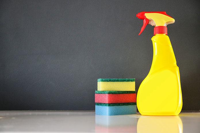 Środki do sprzątania w domu