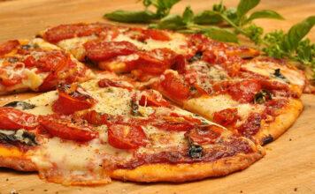 Na jakie elementy zwracać uwagę, wybierając piece ogrodowe do pizzy