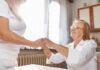 Czym w ogóle cechuje się praca opiekunki