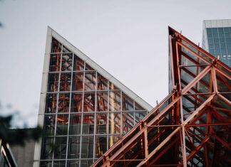 Przykłady konstrukcji stalowych